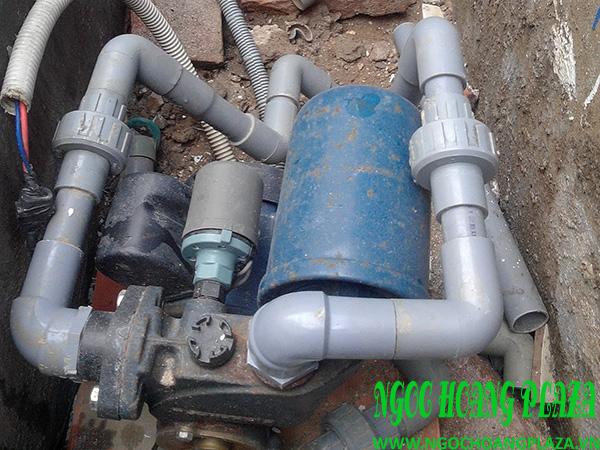 Thợ sửa máy bơm nước tại quận 9