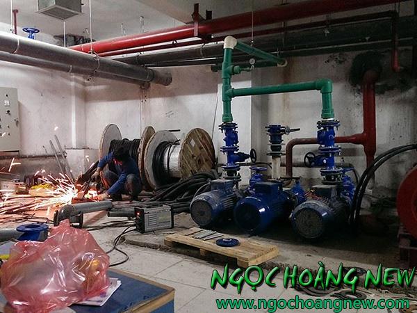 Thợ sửa máy bơm nước tại quận 10